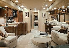 Wow this is amazing. Can you beleive this is the interior of a motorhome good lord !