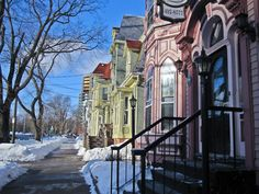 Heritage houses in Halifax. Great Places, Places Ive Been, Beautiful Places, Places To Visit, Beautiful Homes, Annapolis Valley, Discover Canada, Atlantic Canada, O Canada