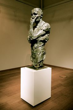 'Sagace' bronze by Catherine Thiry @ The Latem Gallery Belgium Sculpture Sculpture Head, Human Sculpture, Steel Sculpture, Ceramic Sculpture Figurative, Famous Sculptures, Statues, Contemporary Sculpture, Wow Art, Metal Art