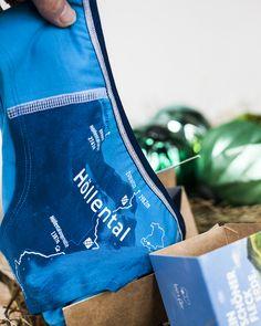 Das Geschenk für Bergliebhaber und Naturfreunde Red High Heels, Suits For Women, Bathing Suits, Gym Bag, Bags, Christmas, Fashion, Gifts For Women, Challenges