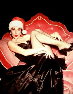 Ava Gardner - Exciting Pin-Up Girl on a Merry Christmas poster. Christmas Style, Christmas Photos, Merry Christmas, Christmas Girls, Ava Gardner, Vintage Hollywood, Classic Hollywood, Xmax, Star Wars