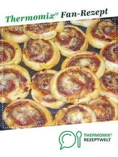 Hackfleisch-Blätterteig-Röllchen von Wossi85. Ein Thermomix ® Rezept aus der Kategorie Hauptgerichte mit Fleisch auf www.rezeptwelt.de, der Thermomix ® Community.