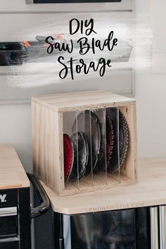A simple DIY shelf/ box to store saw blades in- perfect for organizing the workshop. Acrylic dividers make it easy to find the blade you're looking for in this DIY saw blade storage box. Easy Woodworking Projects, Easy Diy Projects, Woodworking Jigs, Wood Projects, Saw Blade Storage, Furniture Plans, Diy Furniture, Blogger Home, Home Organization