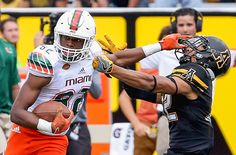 Miami football: Ahmon Richards reportedly carted off field with injury during Wednesday practice - DieHards Miami Football, College Football Season, Football Helmets, Conference, Wednesday, Shots, Image