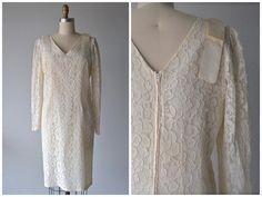 Vintage Jay Jacobs Lace Formal Dress Wedding Gown by @LedbellyVintage #vintage #formalgown #vintageshop #vintagebridalshop #vintageclothing #weddingdress #bridal #weddings #austintexas #ledbellyvintage