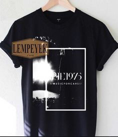 fa3bc39a37d  menandwomen The 1975 T Shirt