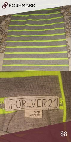 Forever 21 body con skirt Body con skirt  ,excellent condition no stains or rips Forever 21 Skirts Midi