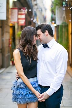 Sweet shot - Barcelona Engagement Shoot | Anneli Marinovich Photography | Bridal Musings Wedding Blog
