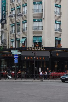 Indiana in Paris