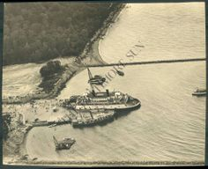 The ferry at Kent Island, 1930 Annapolis, MD Z