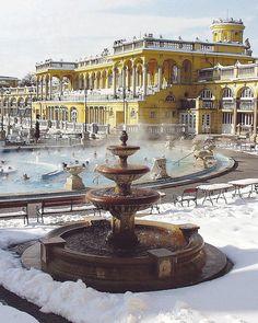 Ungarn, auch im Winter eine Reise wert - Österreichs östlicher Nachbar ist bei der diesjährigen Linzer Ferien-Messe Partnerland. Die OÖN blicken über die Grenze und geben Reise-Tipps: http://www.nachrichten.at/reisen/Ungarn-auch-im-Winter-eine-Reise-wert;art119,1606983 (Bild: OÖN)