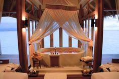 Spa treatment at Anantara Hotel Resort & Spa