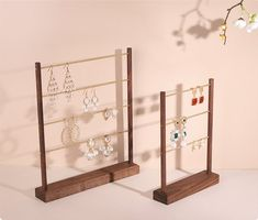 Wooden Jewelry Display, Jewelry Store Displays, Craft Show Displays, Wood Display, Jewelry Organizer Stand, Wooden Organizer, Jewelry Stand, Jewelry Organization, Earring Display Stands
