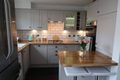A lovely blog about a new Howdens kitchen from @sat_rainbow