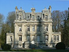 french mansion home Classic Architecture, Victorian Architecture, Beautiful Architecture, Beautiful Buildings, Beautiful Homes, French Mansion, Modern Mansion, Second Empire, Gothic House