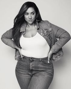 Erica Lauren, Plus Clothing, Curvy Plus Size, Back Home, Sexy, Dressing, Crop Tops, Model, Clothes