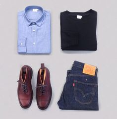 SunspelStyleEdit : Team chambray blues with our loopback sweater in solid black. Pair with Pennine boots for a smart casual weekend. #Sunspel #menswear #outfitgrid #chambray #style