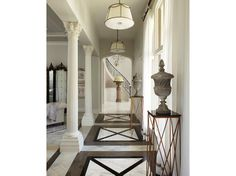 Looooooove this hall way, the entire home is amazing. Something to aim for :)
