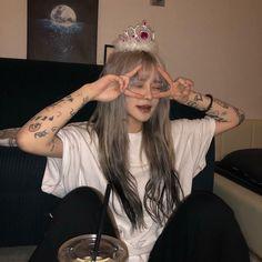 Ulzzang Girl Fashion, Ulzzang Korean Girl, Cute Korean Girl, Asian Girl, Ulzzang Short Hair, Korean Beauty Girls, Uzzlang Girl, Bad Girl Aesthetic, Aesthetic Grunge