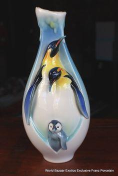 FZ02119 Franz Porcelain Playful Penguins mid size vase