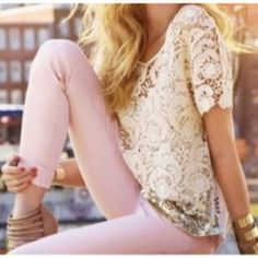 love the lace top with the light pants! So cute!