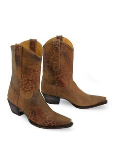 Beautiful distressing! Old Gringo make some of the most amazing boots! I want these in my closet!!