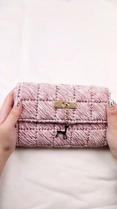 #purse#fashion#beauty Crochet Bag Tutorials, Crochet Videos, Knitting Videos, Crochet Handbags, Crochet Purses, Crochet Bags, Crochet Wallet, Free Crochet Bag, Crochet Purse Patterns