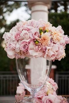 Beautiful flower decor #weddings
