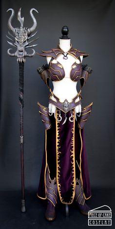 Dark Elf Sorceress Warhammer Staff Fullfront by Dewbunch on DeviantArt Elf Cosplay, Cosplay Costumes, Warhammer Dark Elves, Warhammer Online, Dark Elf, Larp, Metal Working, Doll Clothes, Cool Outfits
