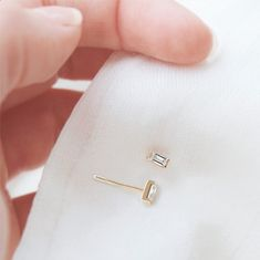 baguette diamond earrings | fine jewelry staples without the markups | vrai & oro