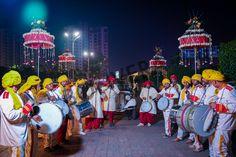 Madness until next time - Baraat 😉 #PuneriDhol #Baraat #Letthemadnessbegin #Gocrazy #Dhollove #indianwedding #wedmegood #weddingsutra #shaadisaga #bandbajabaraat #dance #baraati #bhangra www.bonvera.in