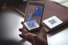 In fact, larger brands have started developing mobile augmented reality android applications, and other small and medium-sized businesses are also planning mobile strategies for the future. Virtual Reality Education, Virtual Reality Systems, Augmented Virtual Reality, Augmented Reality Technology, Futuristic Technology, Technology News, Medical Technology, Energy Technology, Conception Web