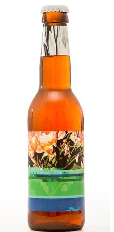 Cerveja To Øl Dangerously Close to Stupid , estilo Imperial / Double IPA, produzida por To Øl, Dinamarca. 9.3% ABV de álcool.