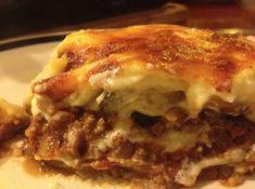 You'll Love This Authentic Greek Moussaka Recipe Zucchini Aubergine, Eggplant Dishes, Eggplant Recipes, Eggplant Parmesan, Moussaka Recipe Greek, Mousaka Recipe, Low Carb Recipes, Cooking Recipes, Lamb Recipes