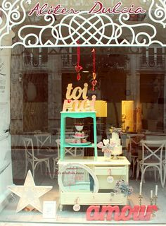 Escaparates y tiendas on pinterest store windows window - Decoracion vintage para tu casa ...