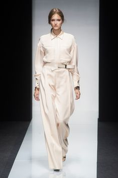 http://cdn2-www.thefashionspot.com/assets/uploads/gallery/wide-load-springs-breezy-and-bold-bottoms-to-strut-in-this-season/ferre_s14_020.jpg