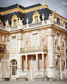 Château de Versailles ...Majestic building - love the colors! <3 #architecture #chateau_de_versailles