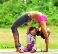Fotos sorprendentes de madre e hija haciendo yoga | Blog de BabyCenter