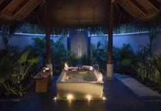 Maldives Anantara Resort and Spa in Dhigu island