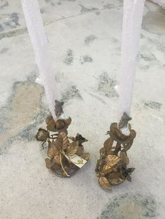 Pair of Gold Metal Floral Candle Holders by SoAkiba on Etsy