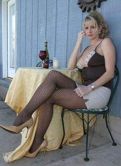 Sexy Older Ladies With Legs Parted 91