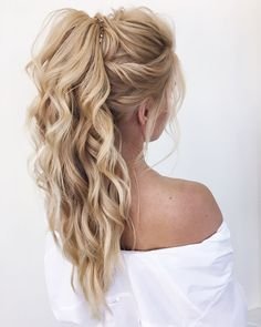 20 Brilliant Half Up Half Down Wedding Hairstyles for 2019 «Hair Styles - Prom hair - # for hairstyles Informations About Hochsteckfrisur, geflochtene Hochsteckfrisur # Braided Hairstyles Updo, Pretty Hairstyles, Braided Updo, Ponytail Hairstyles For Prom, Long Ponytails, Curly Hair Ponytail, Hairstyle Ideas, Bridesmaid Updo Hairstyles, Long Hair Ponytail Styles