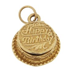 This birthday cake Gold charm celebrates a special date in someone's life and has an enameled birthday candle inside! The perfect way to say happy birthday. Vintage Charm Bracelet, Charm Jewelry, Charm Bracelets, Gold Charms For Bracelets, Bracelet Charms, Pandora Jewelry, Gold Birthday, Birthday Cake, Ring Watch