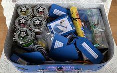 Karins-kortemakeri: Førstehjelpskoffert til mann på 40 50th Birthday, Birthday Ideas, Diy And Crafts, Lunch Box, Gifts, Lag, Fest, Gift Ideas, Presents