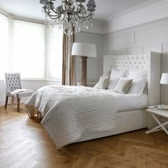 Most Beautiful Rustic Bedroom Design Ideas. You couldn't decide which one to choose between rustic bedroom designs? Are you looking for a stylish rustic bedroom design. We have put together the best rustic bedroom designs for you. Find your dream bedroom. Farmhouse Bedroom Set, White Bedroom, Decor, Rustic Bedroom Design, Bedroom Decor, Shabby Chic Bedrooms, Home Furniture, Bedroom Design, Home Decor
