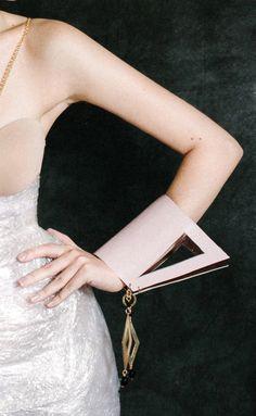 Cosette.Cosette summer sales Louis Vuitton Twist, Summer Sale, Shoulder Bag, Bags, Fashion, Handbags, Moda, Fashion Styles, Shoulder Bags