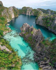 "Travel Earth  (@aroundtheworldpix) on Instagram: ""El Nido, Palawan, Philippines Photo by @amirzakeri"""