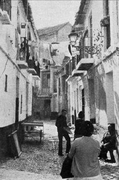 Calle del Barrio del Perchel en Málaga, Spain. Años cuarenta.
