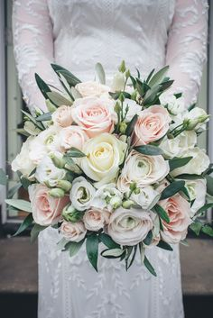 Top 8 Amazing Wedding Color Combos to Steal in Spring wedding bouquet with greenery, spring weddings, country weddings, garden weddings Silk Bridal Bouquet, Bride Bouquets, Bridal Flowers, Flower Bouquet Wedding, Bridesmaid Bouquet, Rose Wedding, Floral Wedding, Wedding Colors, Wedding Bride