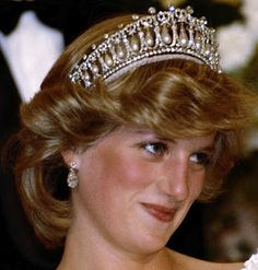 Princess Diana wearing the Cambridge Lovers' Knot   Tiara: Queen Elizabeth II gave it as a wedding gift to Princess Diana. The 1st official function for which she wore it was the opening of the British Parliament in November 1981. Subsequently, the Tiara reached the height of its popularity, as Diana wore it on many occasions, and the piece came to be associated with the image of the popular princess. However, after her divorce from the Prince of Wales the tiara was returned to the Queen.